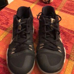Nike Kyrie 3 shoes